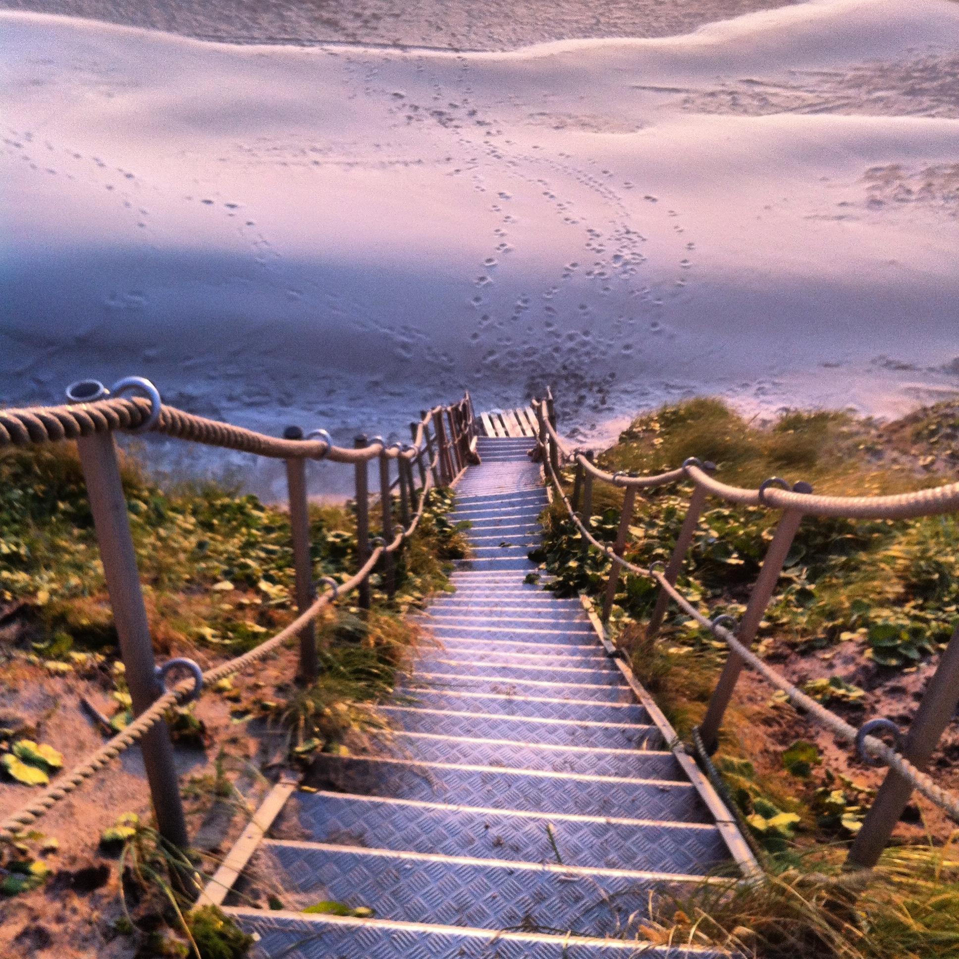 Treppe an der Steilküste, Lökken, Dänemark